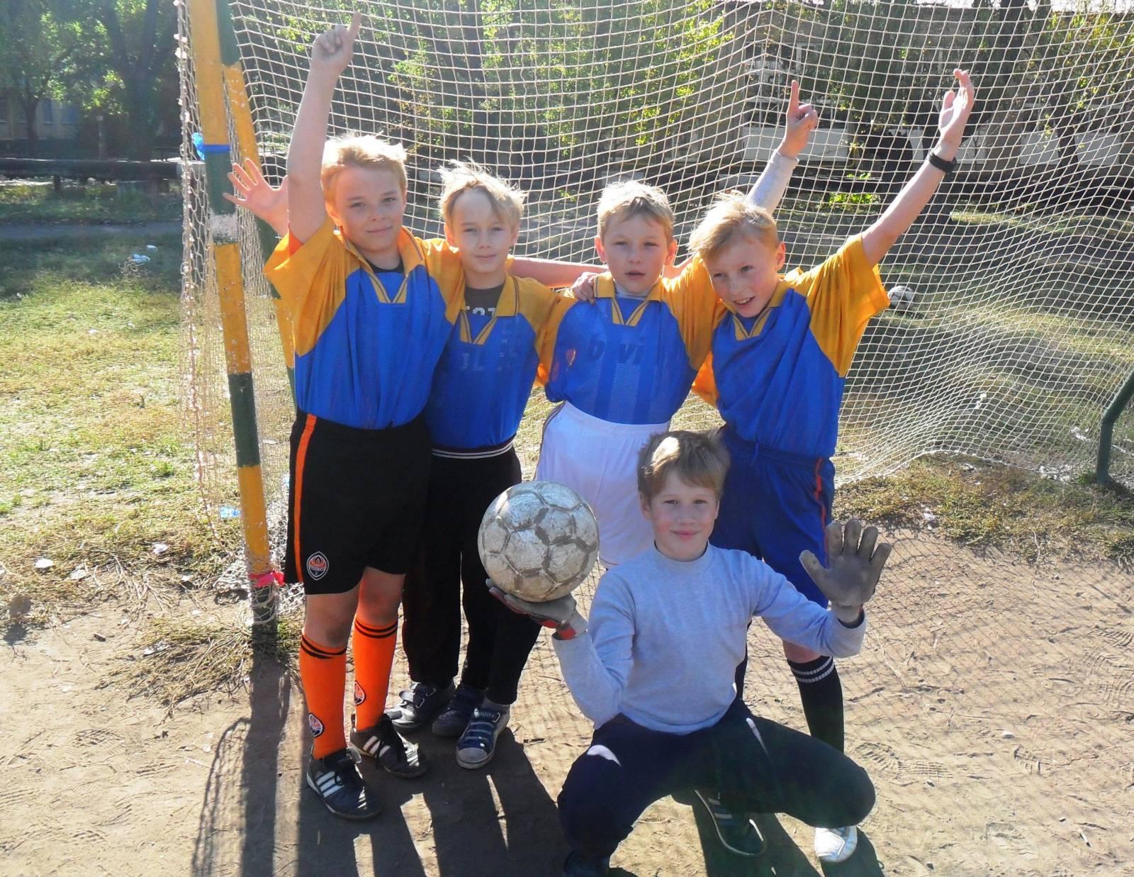 победители футбольного турнира